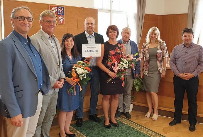 Blatná dala nemocnici 40 tisíc korun